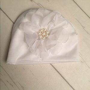 Accessories - White baby hat